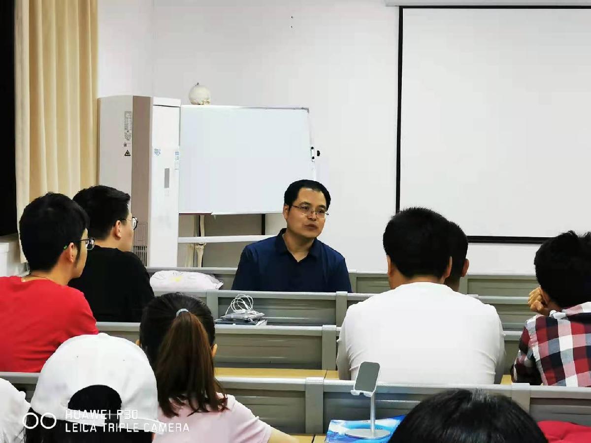临床医学系赴西电集团医院开展就业帮扶指导