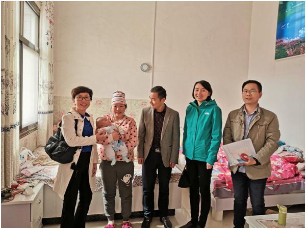 人文管理学院领导深入长舌头村开展精准扶贫工作