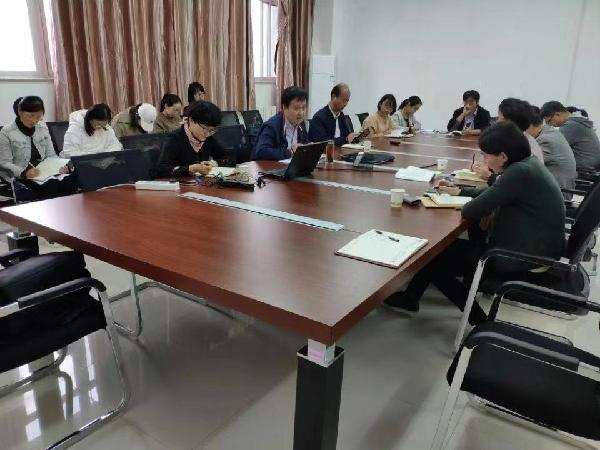 校党委书记刘力深入人文管理学院开展主题教育专题调研
