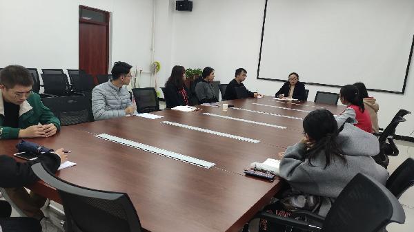 人文管理学院举办心理委员座谈会